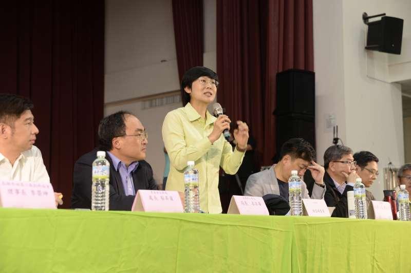 民進黨立委林岱樺強調,農地工廠過去是台灣的重要經濟支柱,也是在國家的未來發展藍圖中不可或缺的一塊。(圖/林岱樺辦公室提供)