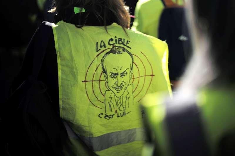 法國黃背心示威:民眾認為馬克宏不把他們的問題當問題(AP)