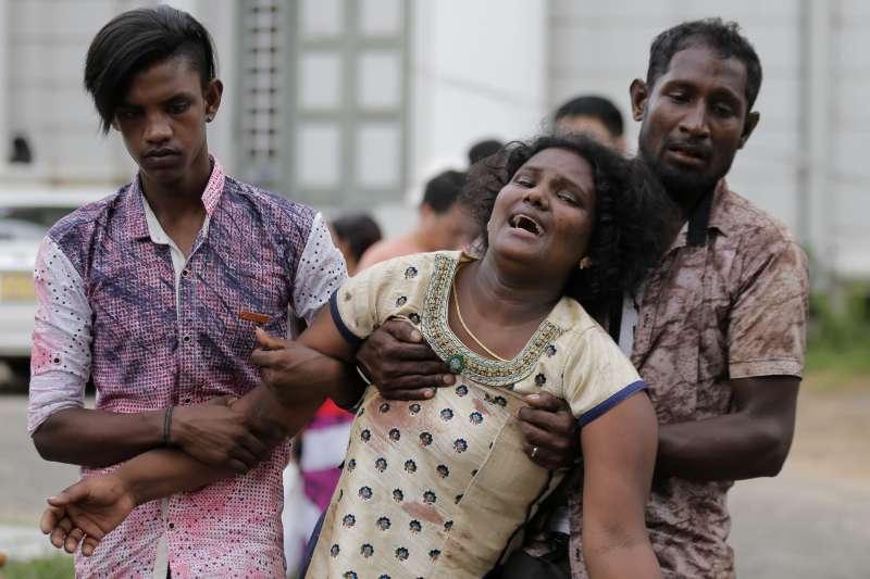 2019年4月21日,印度洋島國斯里蘭卡驚傳恐怖攻擊,多家教堂與豪華飯店發生爆炸,造成慘重傷亡。(AP)