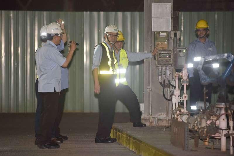 20190424-高雄市長韓國瑜夜宿小港臨海工業區勞工宿舍。臨海工業區為一綜合性工業區,包含小港及前鎮兩處廠區,目前約有3萬餘名員工。(高雄市政府提供)
