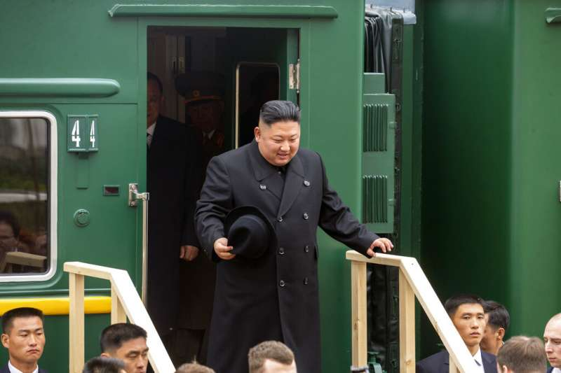 金正恩搭乘專列抵達海參崴。(美聯社)