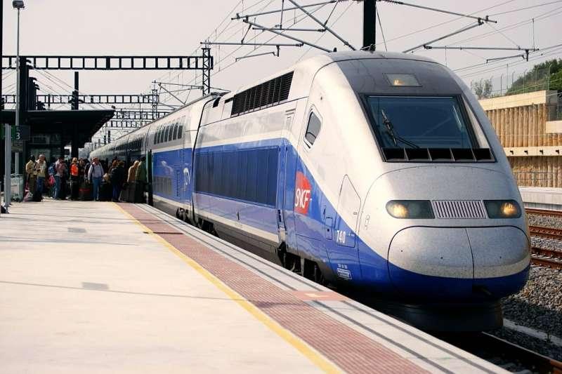 20190425-法國國家鐵路SNCF的高速法國國鐵TGV Duplex列車。(取自維基百科)