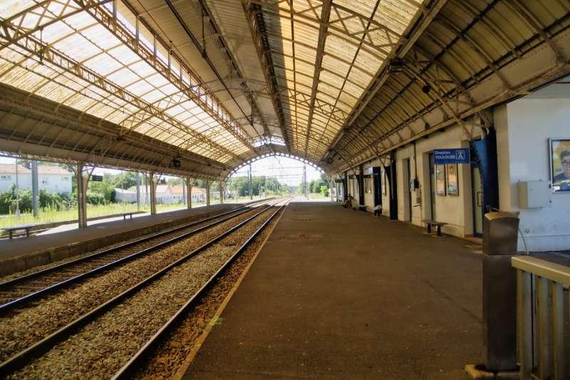 法國國家鐵路Société nationale des chemins de fer français。(圖/Hippopx)