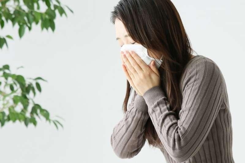 過敏性鼻炎發作,可以這樣做來緩解。(圖/photoAC)