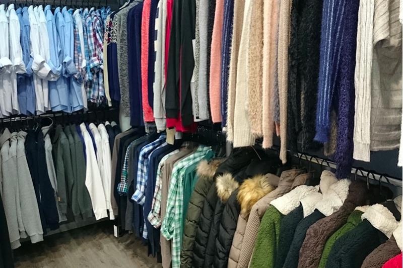 清洗、收納羽絨用品、棉被等禦寒用品都大有學問。一起來看看處理換季冬天衣物時都需要注意哪些事項吧!(圖/Boxful任意存提供)