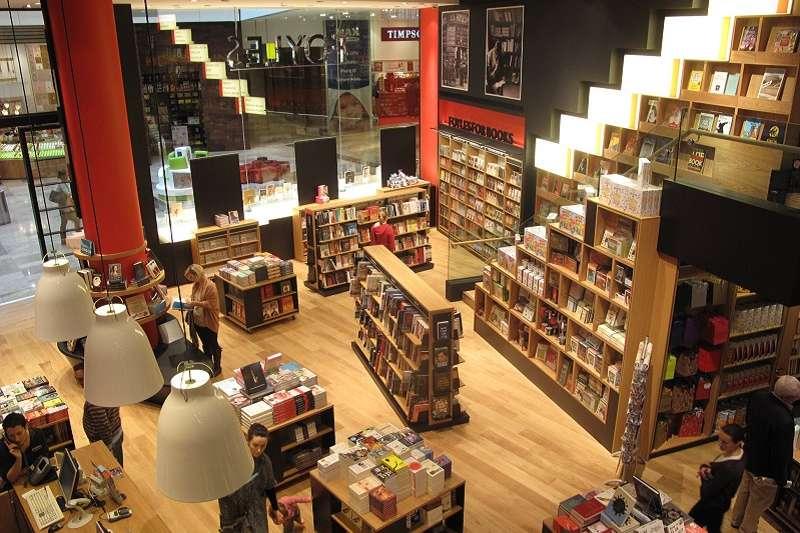 福耶爾書店(Foyles)。(取自Foyles臉書粉絲頁)