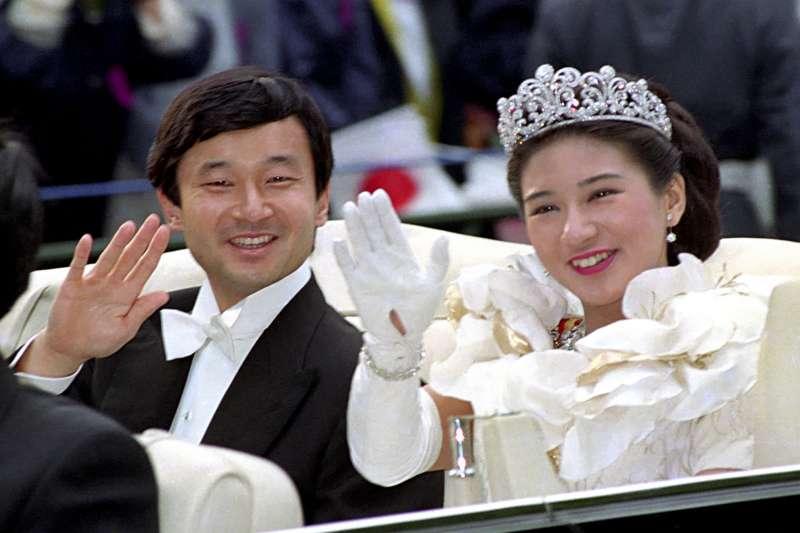 1993年6月9日,日本皇太子明仁與雅子妃結婚,但雅子婚後卻承擔非常大的壓力。(AP)