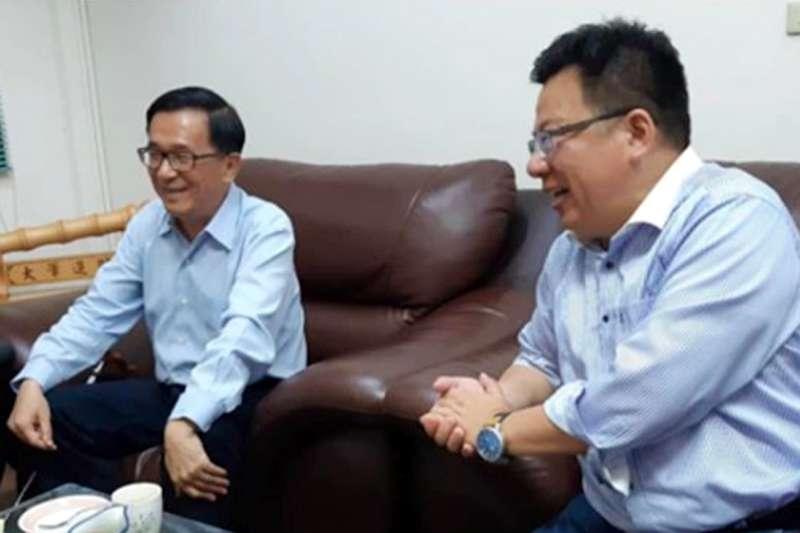 民進黨嘉義市立委李俊俋(右)上周在黨內初選民調中,不敵給市議員王美惠,而前總統陳水扁(左)居中協調照片曝光。(資料照,取自臉書「YonGe Chen」)