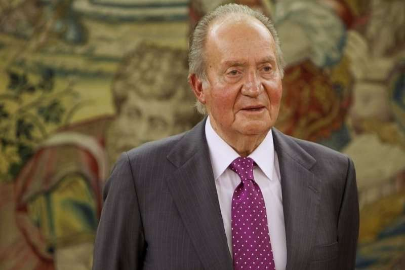 西班牙國王胡安.卡洛斯一世2日宣布退位。(美聯社)