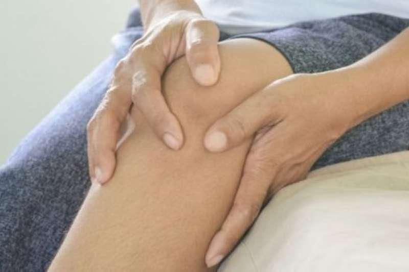 膝蓋痛嗎?原因可能讓你無法置信!(BBC)