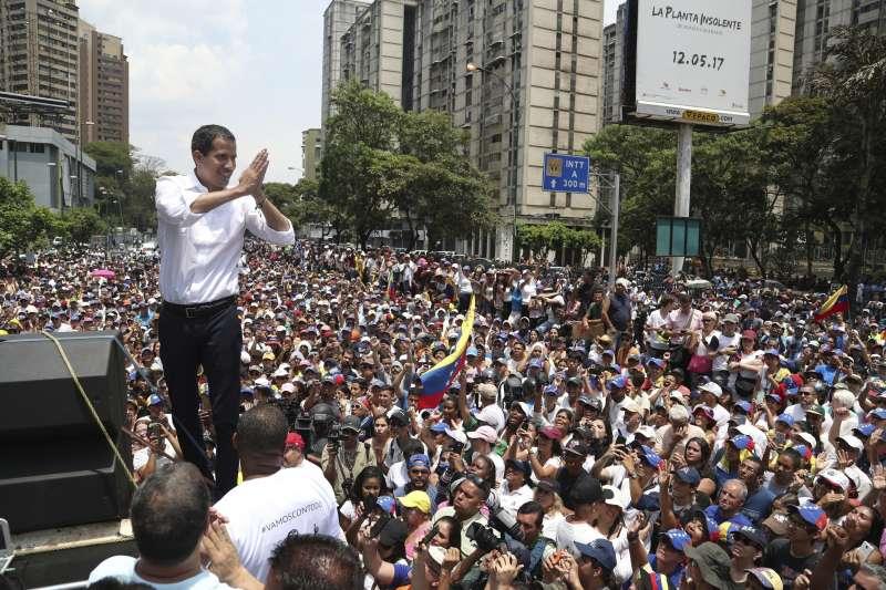 委內瑞拉臨時總統瓜伊多(AP)