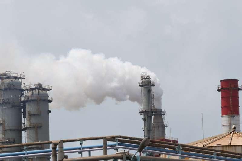 重金屬砷對許多石化產業園區周邊居民的健康造成風險。(林瑞慶攝)