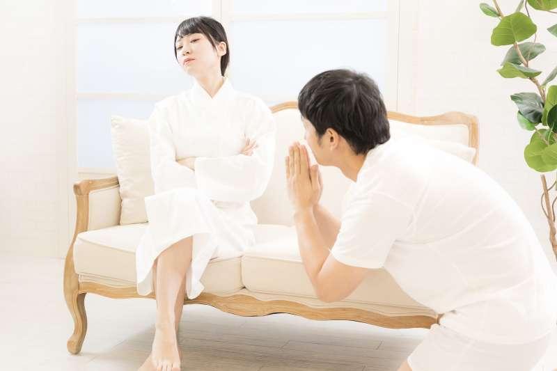 夫妻做愛不順利,可能是相處關係出了問題!(示意圖/pakutaso)