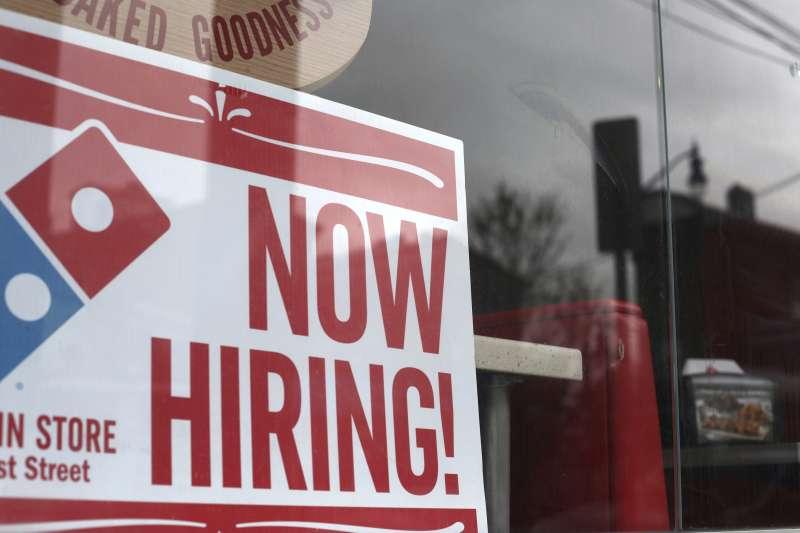 2019年4月,美國失業率再創新低。(美聯社)