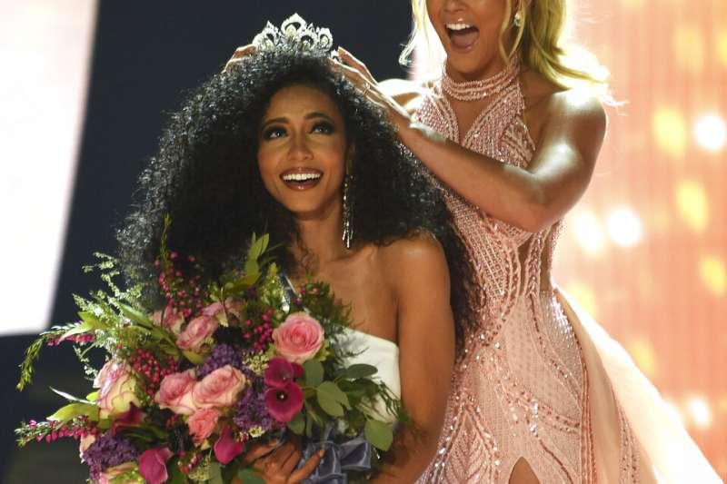 2019年美國小姐后冠,由代表北加州的克莉絲奪下后冠。(美聯社)