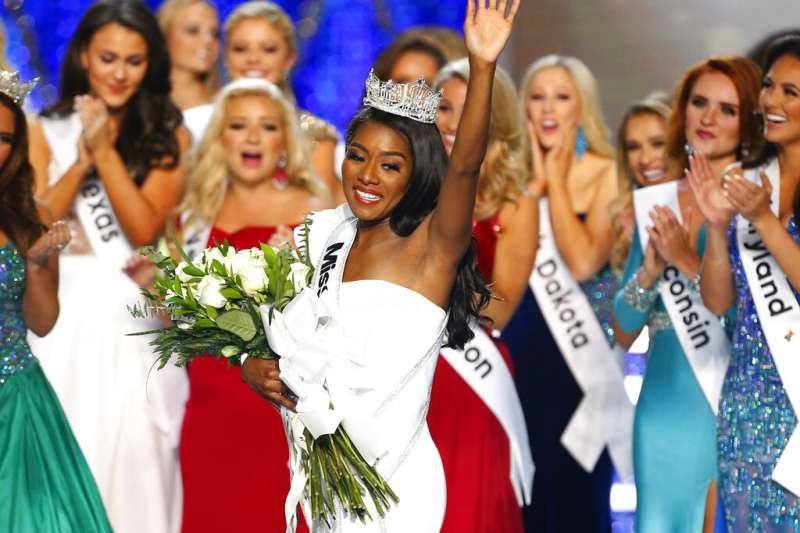 去年九月,富蘭克林奪下美利堅小姐后冠。(美聯社)