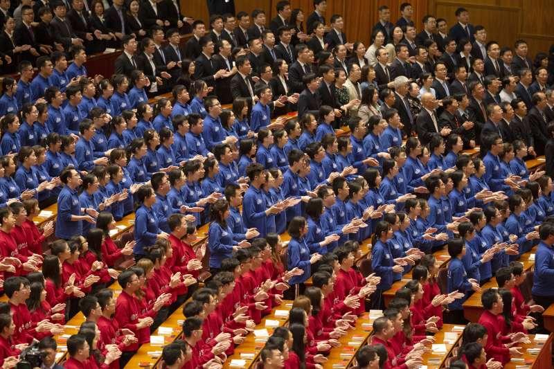 2019年,中共慶祝五四運動100周年,國家主席習近平不談民主與科學,却要青年跟黨走聽黨話。(AP)