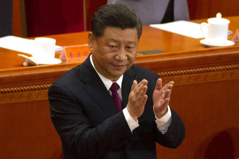 成為沒有任期制的中國領導人,習近平必須面對香港反送中、中美貿易戰、台灣2020年大選等多項挑戰。(資料照,AP)