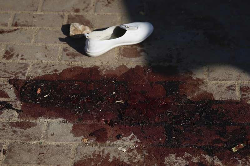 以色列與加薩走廊的哈瑪斯交火,互相發射飛彈轟炸(AP)