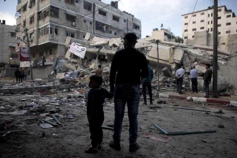 2019年5月4日,以色列與加薩走廊的巴勒斯坦激進組織交火,加薩多處地區遭到空襲重創(AP)