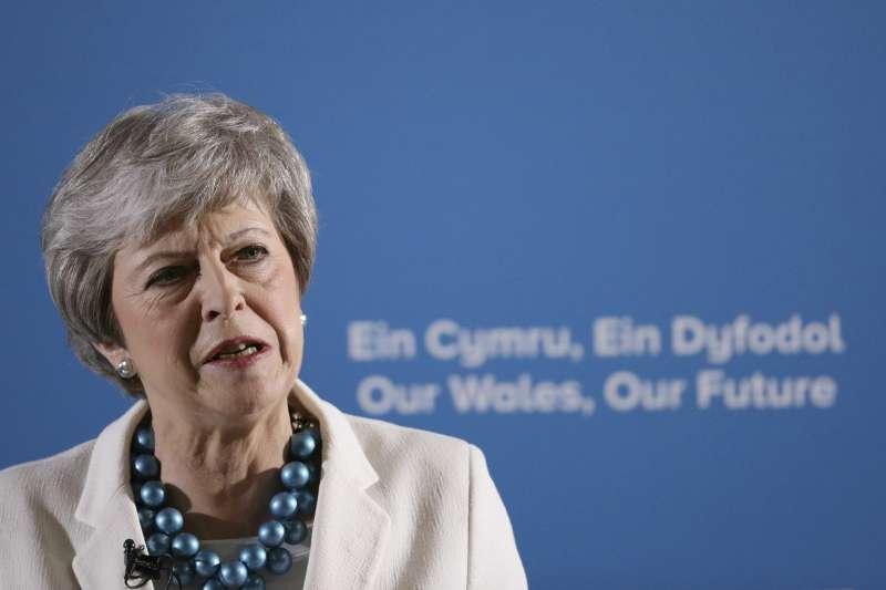 英國保守黨與工黨在地方選舉受挫,首相梅伊呼籲跨黨派支持脫歐協議(AP)