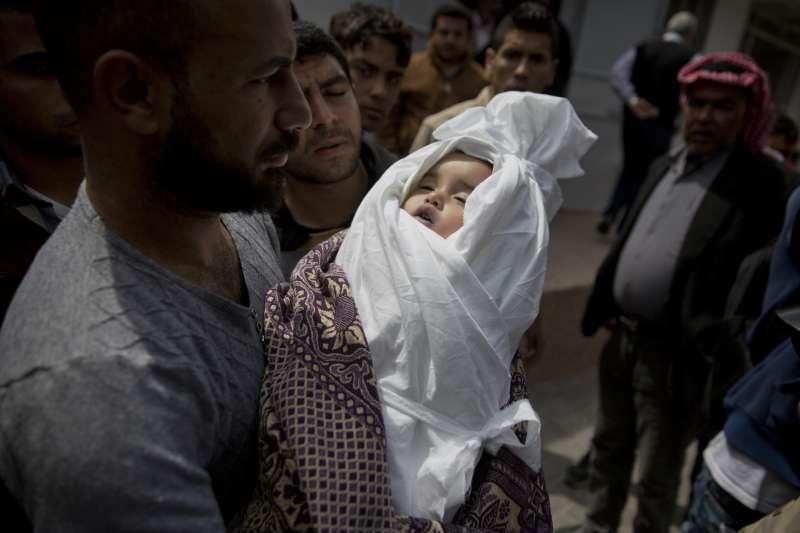 2019年5月,以色列與加薩走廊激進組織「哈瑪斯」再度爆發衝突,一名巴人女嬰罹難(AP)
