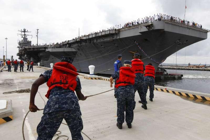 美國「林肯號」航空母艦。(AP)