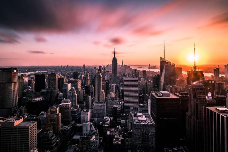 「窮人為了尋求更好的生活而湧進紐約、聖保羅與孟買,充分說明城市生活是值得嚮往的。」 無論如何城市是每個國家的優秀人才最能一展長才的地方,這也是為什麼人人都想往都市走。(取自flickr@Giuseppe Milo)