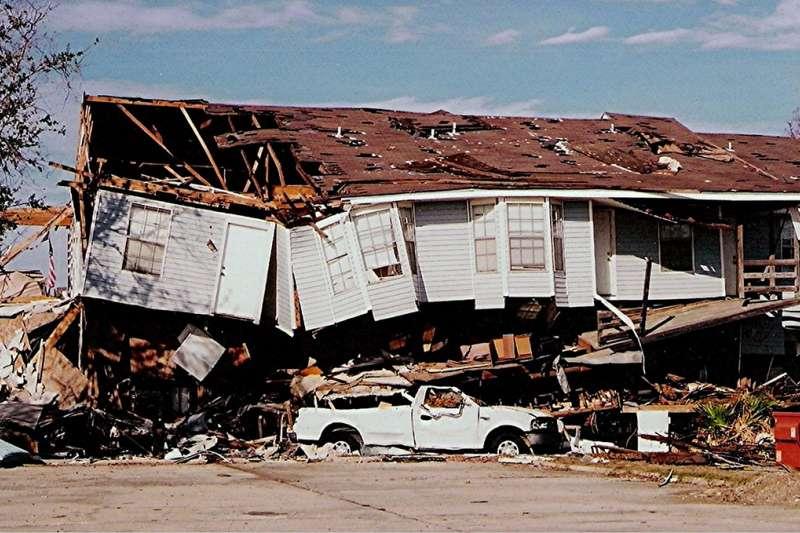 2005年颶風卡崔娜在美國紐奧良造成了嚴重破壞。(flickr@Loco Steve)