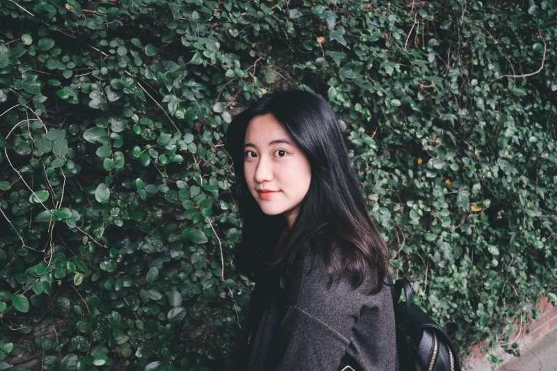 張西不到30歲,就被誠品書店跟龍應台、張曼娟、蔣勳、金庸等文學大師並列為2018年度10大華文作家。(圖/盈青攝|三采文化提供)