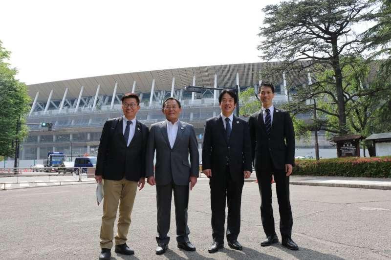 正在日本訪問的前行政院長賴清德今(10)天參訪東京奧運主場館「新國立競技場」。(賴清德辦公室提供)