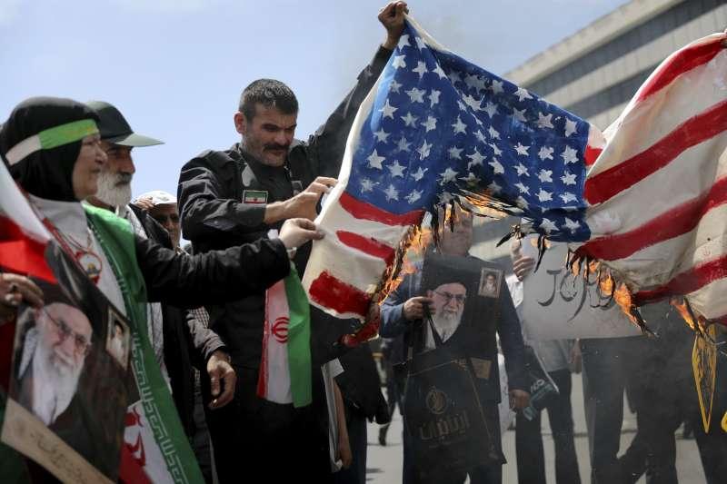 2019年,美國與伊朗關係長期惡劣,川普總統上台後每下愈況(AP)