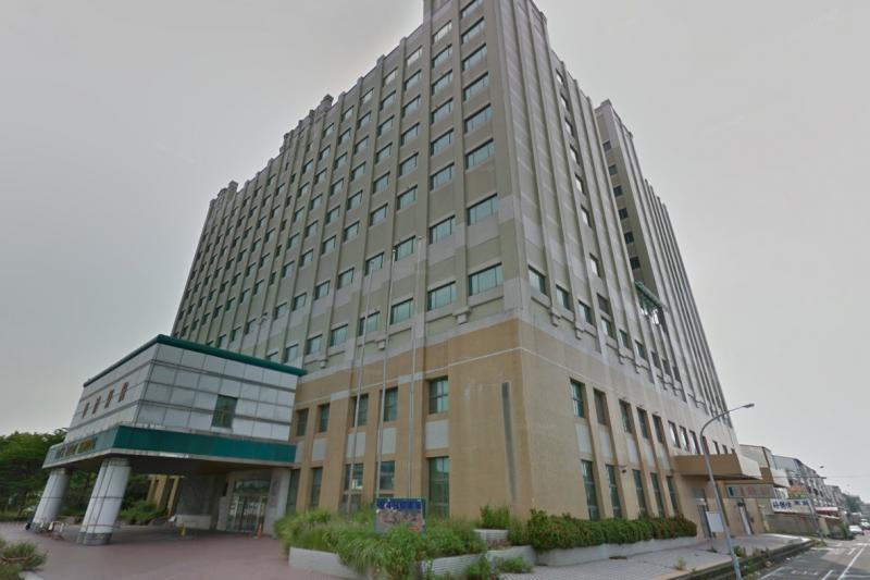 衛福部推動住宿式長照機構公共化服務,各縣市政府長照社福用地的開發目前也陸續展開,其中最受業界矚目的,是嘉義太保的華濟醫院。(取自Google map街景)