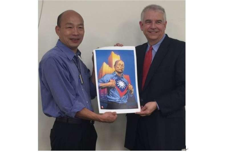 AAE執行長David Martin拜會高雄市長韓國瑜,洽談合作設立漫畫遊戲孵化器。(圖/高雄市新聞局提供)
