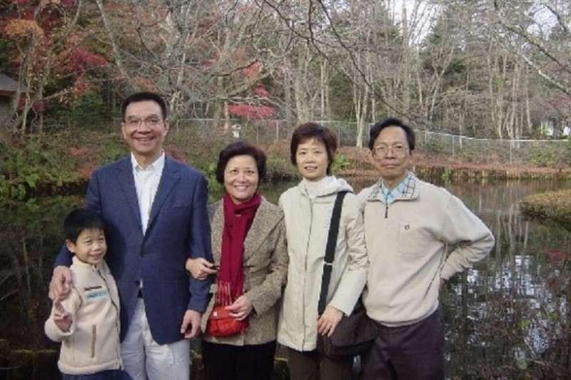 2004年11月,林毅夫在日本輕井澤。(李建興提供)