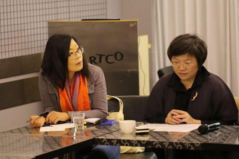 20190514-文化政策研究學會理事、彰師大美術系副教授吳介祥(左)。(取自非池中藝術網)