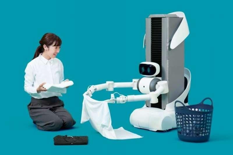 日本機器人新創Mira Robotics推出遙控機器人Ugo,預計2020年走入民眾家庭摺衣服。(圖/數位時代)