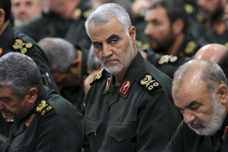 伊朗革命衛隊的「聖城軍」指揮官蘇雷曼尼,他被認為是伊朗遙控外國武裝團體最重要的關鍵人物。(美聯社)