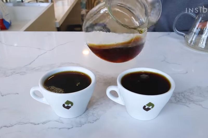 一杯2300元的咖啡喝起來如何?(圖/取自youtube)