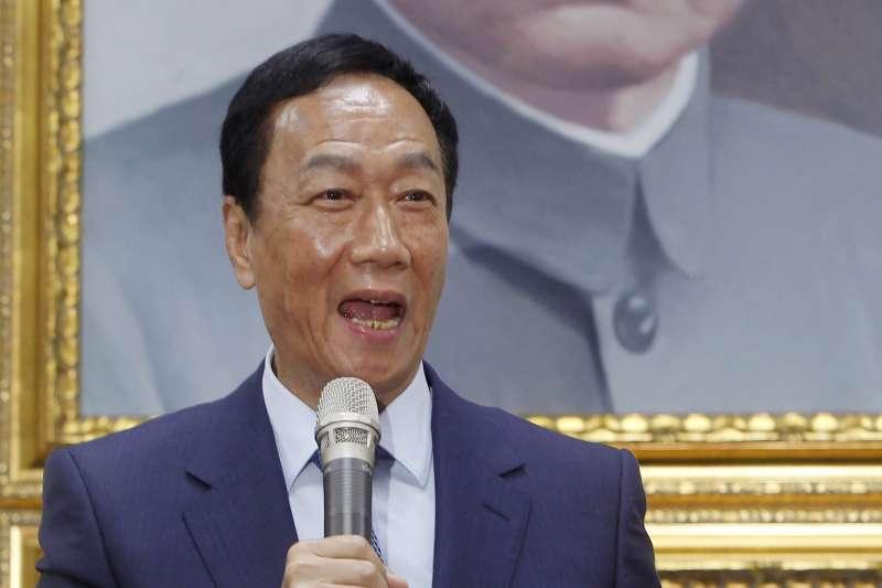 日前有挺韓社團轉向挺郭,鴻海董事長郭台銘(見圖)19日回應,「不管挺韓、挺郭都是國民黨的勝利。」(資料照,AP)