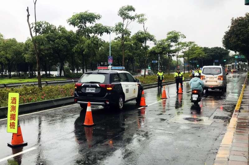 台北市警察局白天取締酒駕(台北市警察局)