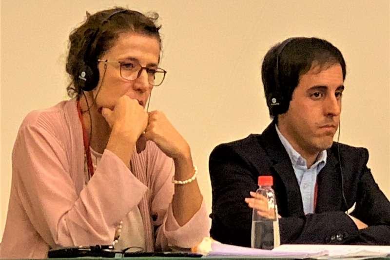 六四30周年:西班牙學者游倫特(左)與社運人士羅密歐(簡恒宇攝)