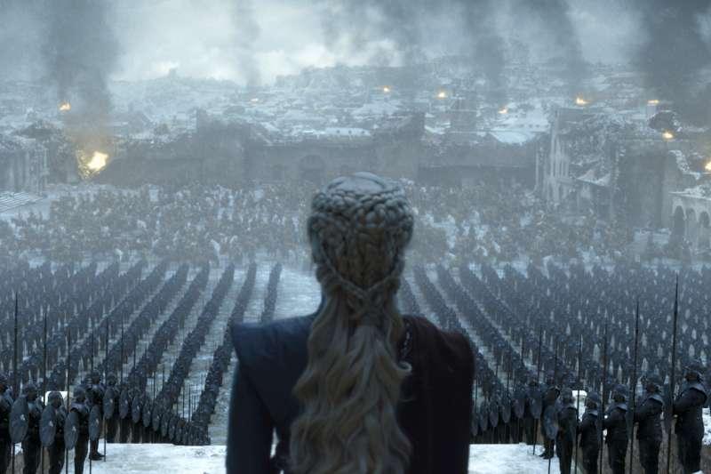 《冰與火之歌:權力遊戲》完結篇:「龍后」丹妮莉絲‧坦格利安血洗君臨城(AP)