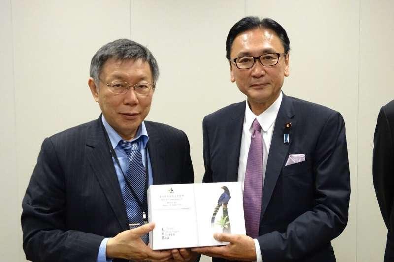 20190523-台北市長柯文哲23日啟程訪日本,抵達東京後拜會眾議員古屋圭司(右)。(台北市政府提供)
