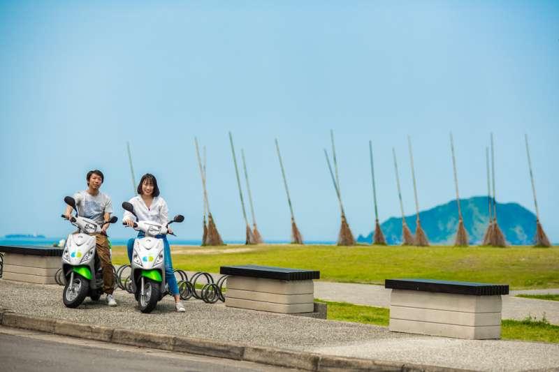 新北市政府號召民眾使用綠色運具來新北春遊。(圖/新北市政府提供)