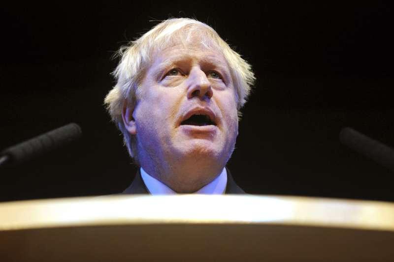 英國首相梅伊宣布將於2019年6月7日辭職,前外相強森(Boris Johnson)是熱門繼任人選(AP)