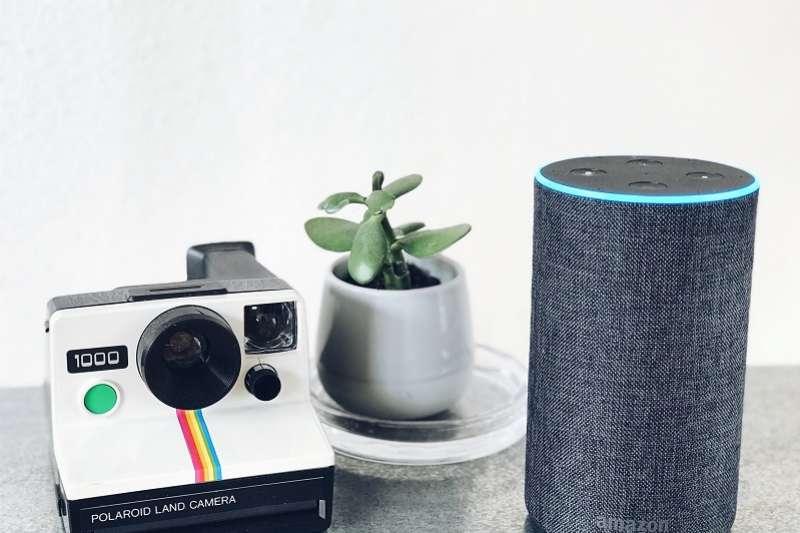 電商亞馬遜傳開發能感知人類情感的穿戴型裝置,預計結合語音助理Amazon Alexa,滿足用戶當下的預測要求。(圖/Status Quack on Unsplash)