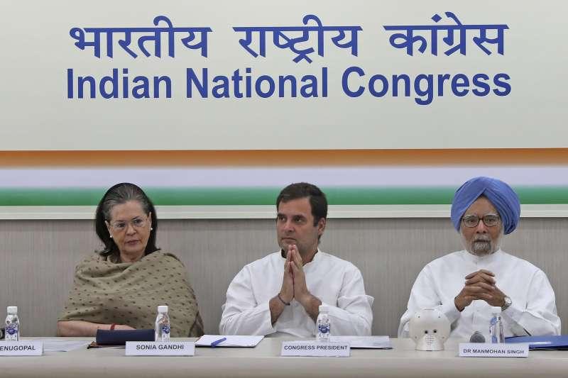 印度最大反對黨「國大黨」領導人拉胡爾.甘地(Rahul Ghandi,中)(AP)