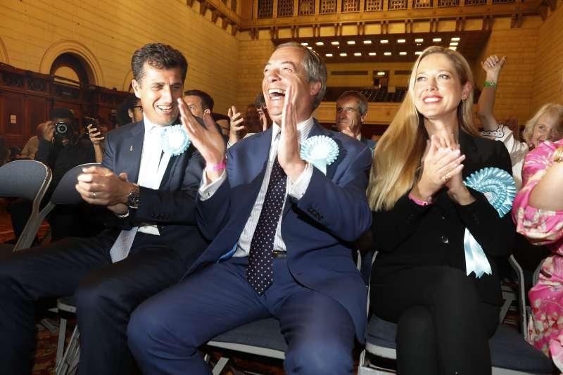 歐洲議會大選:脫歐黨黨魁法拉吉(AP)