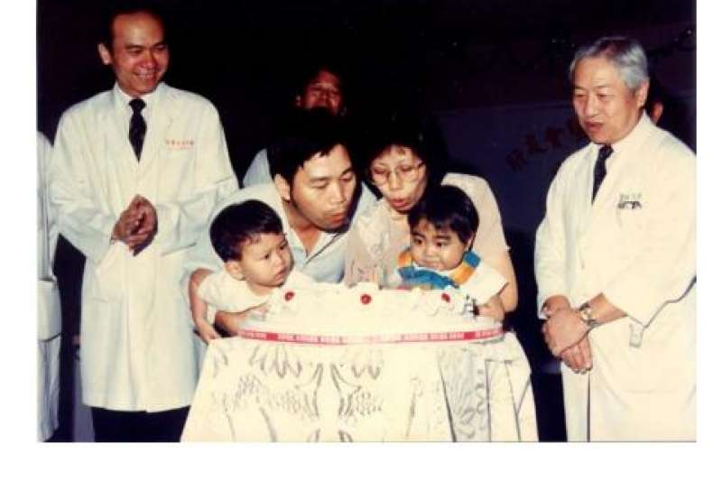 20190528 upload-天如專題-1994年台灣首例活體肝臟移植手術。(取自陳肇隆個人網站)